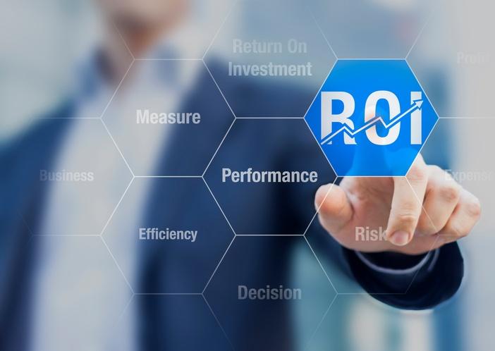 Businessman-using-ROI-Return-on-Investment-indicator-489982076_704x499.jpeg